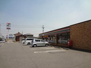 セブン-イレブン高浜呉竹町店の画像1