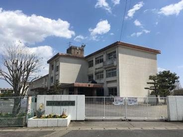 鈴鹿市立明生小学校の画像1