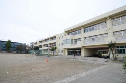 調布市立八雲台小学校の画像1