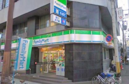 ファミリーマート西本町二丁目店の画像1