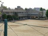 清瀬市立 芝山小学校