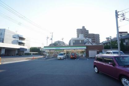 ファミリーマート西川口三丁目店の画像1