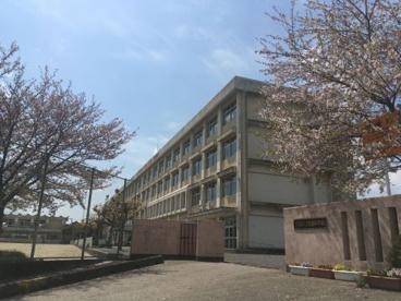 鈴鹿市立創徳中学校の画像1