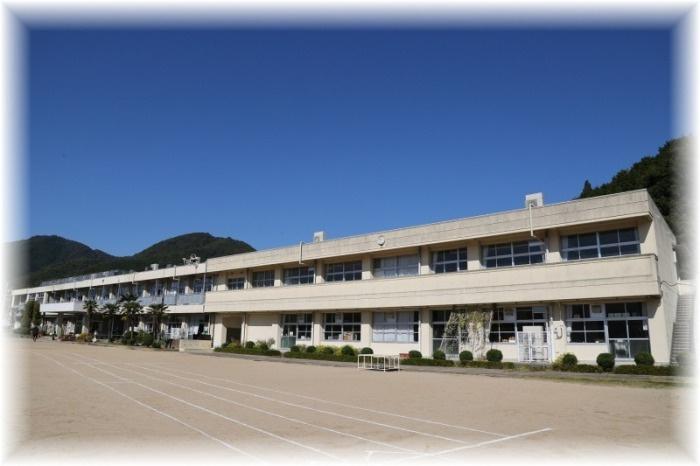 岡山市立芳田小学校の画像