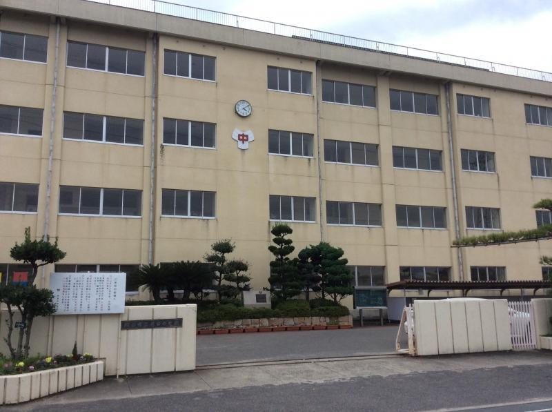 岡山市立芳田中学校の画像