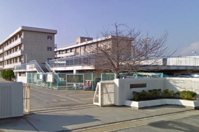 岡山市立芳泉小学校の画像