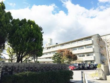 三滝中学校の画像1