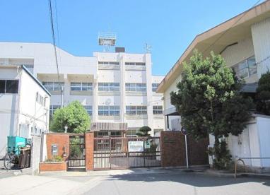 大阪市立春日出中学校の画像1