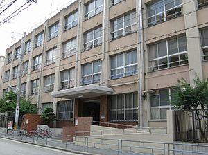 花野井中学校の画像