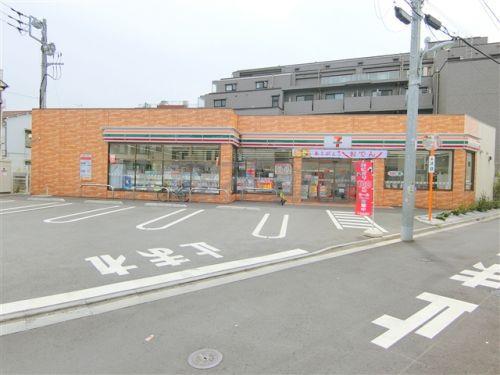 セブン-イレブン大田区東蒲田キネマ通り店の画像
