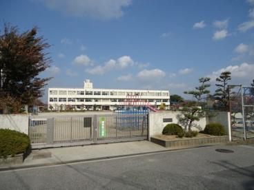 香芝市立 三和小学校の画像1