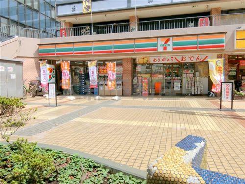 セブン-イレブン品川西大井駅前店の画像
