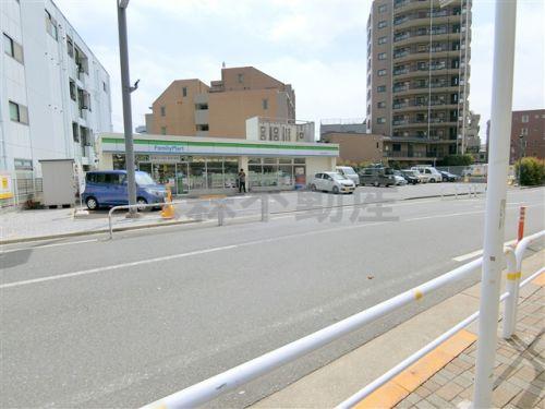ファミリーマート西大井光学通り店の画像