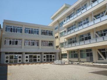 富山市立新庄小学校の画像1
