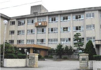 興南中学校の画像1