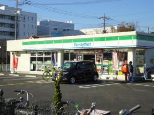 ファミリーマート三郷かまくら店の画像1