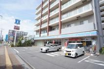 ローソン 北戸田駅西口店