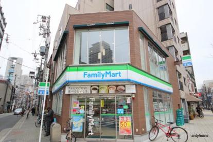 ファミリーマート西天満四丁目店の画像1