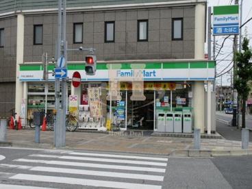 ファミリーマート戸田公園駅前店の画像1