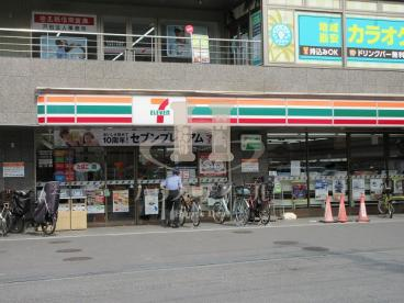 セブンイレブン北戸田駅西口店の画像1