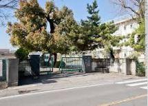 さいたま市立七里小学校の画像1