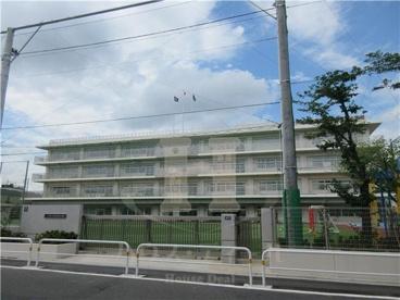 鹿浜五色桜小学校の画像1