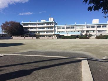 さいたま市立春岡小学校の画像1