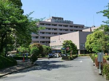 公立学校共済組合関東中央病院の画像1