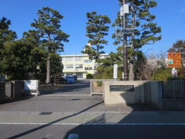 鈴鹿市立白子小学校の画像1
