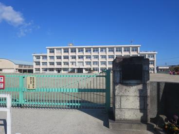 鈴鹿市立栄小学校の画像1