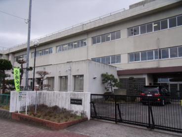 津市立千里ヶ丘小学校の画像1