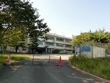 津市立上野小学校の画像1