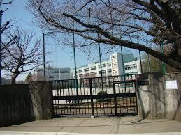 中瀬中学校の画像1