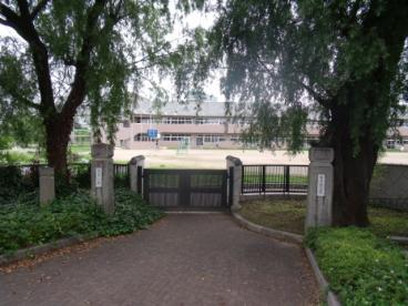 亀山市立神辺小学校の画像1