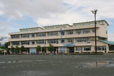 南アルプス市立若草南小学校の画像1