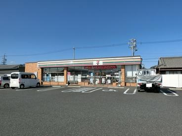 セブンイレブン 亀山川崎町店の画像1