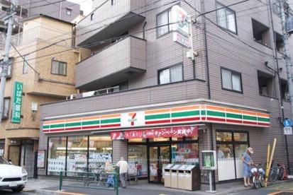 セブン-イレブン杉並成田東1丁目店の画像1