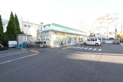 ファミリーマート加平一丁目店の画像1