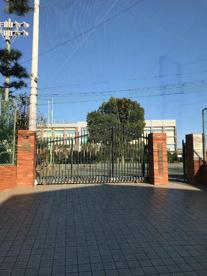 世田谷区立緑丘中学校の画像2