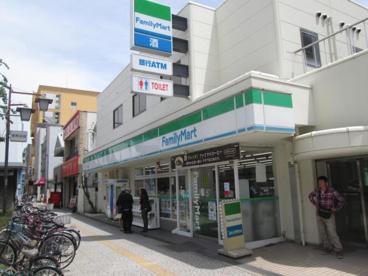 ファミリーマート築港店の画像1