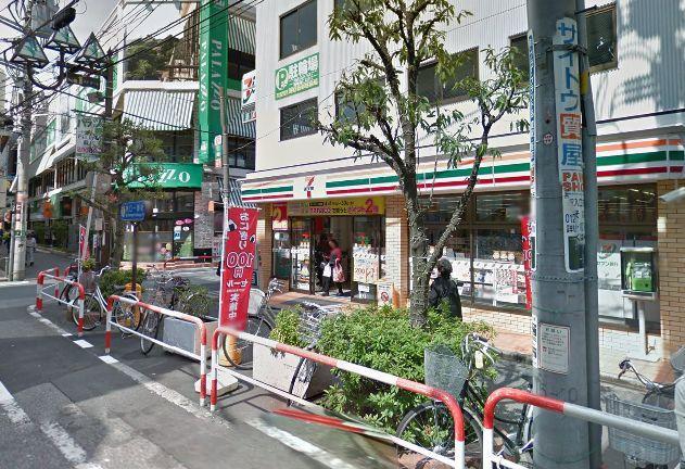 セブン-イレブン蕨東口1番街店の画像