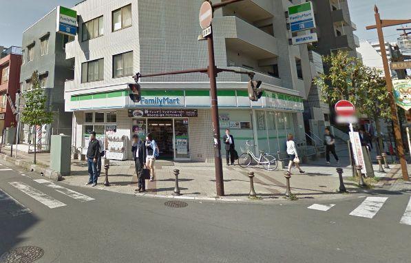 ファミリーマートわらび西口店の画像