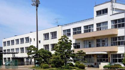 茅ヶ崎市立梅田中学校の画像1