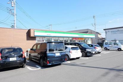 ファミリーマート昭島田中町店の画像1