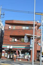 セブン-イレブン拝島駅南口店の画像1