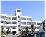 秦野市立東中学校