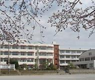 秦野市立南中学校
