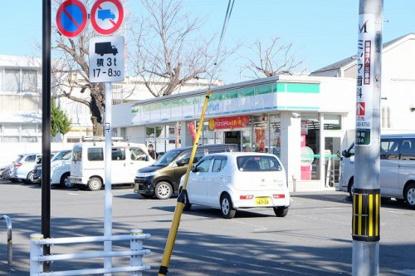 ファミリーマート昭島中神町店の画像1