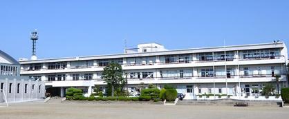 甲斐市立竜王中学校の画像1