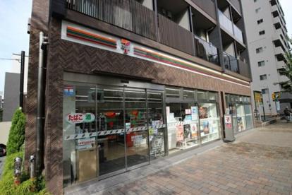 セブン-イレブン北新宿1丁目店の画像1
